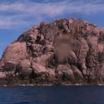 トンバラ岩